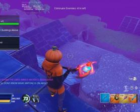This pickaxe looks kinda cool like this. Idk how this happened